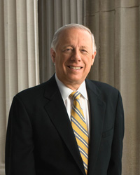 Book Philip Bredesen for your next corporate event, function, or private party.