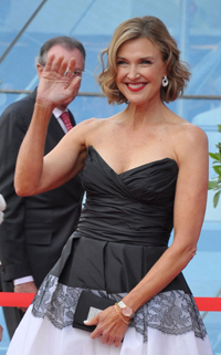 Book Brenda Strong for your next corporate event, function, or private party.