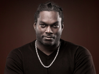 Book LaVar Arrington for your next corporate event, function, or private party.