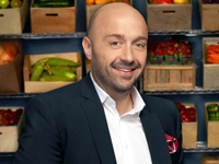 Book Joe Bastianich for your next corporate event, function, or private party.