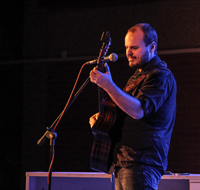 Book Andy McKee for your next corporate event, function, or private party.