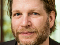 Book Chris Brogan for your next corporate event, function, or private party.