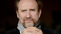 Book Colin Hay for your next corporate event, function, or private party.