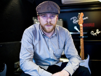 Book Alex Clare for your next corporate event, function, or private party.