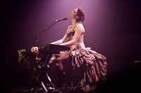 Book Amanda Palmer for your next corporate event, function, or private party.