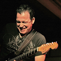Book Tommy Castro and the Painkillers for your next corporate event, function, or private party.