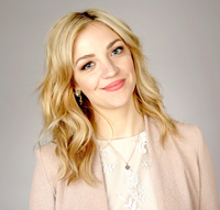 Book Abby Elliott for your next corporate event, function, or private party.