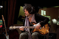 Book Doyle Bramhall II for your next corporate event, function, or private party.