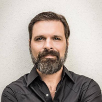 Book Mac Powell for your next corporate event, function, or private party.