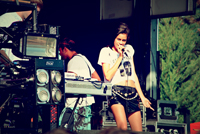Book AlunaGeorge for your next corporate event, function, or private party.