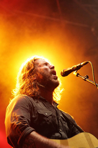 Book Chuck Ragan for your next corporate event, function, or private party.