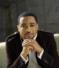 Book Smokie Norful for your next corporate event, function, or private party.