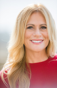 Book Robyn Benincasa for your next corporate event, function, or private party.