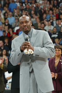 Book Mitch Richmond for your next corporate event, function, or private party.