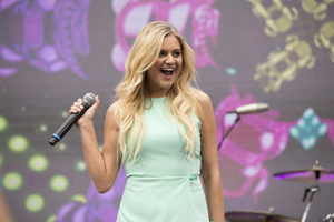 Book Kelsea Ballerini for your next corporate event, function, or private party.