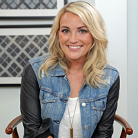Book Jamie Lynn Spears for your next corporate event, function, or private party.