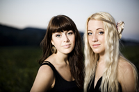 Book Larkin Poe for your next corporate event, function, or private party.