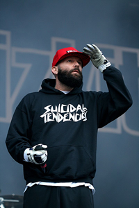Book Fred Durst for your next corporate event, function, or private party.