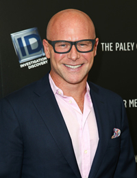 Book Darren Kavinoky for your next corporate event, function, or private party.