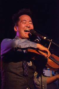Book Kishi Bashi for your next corporate event, function, or private party.