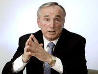 Book Bill Bratton for your next corporate event, function, or private party.