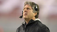 Book Mike Leach for your next corporate event, function, or private party.