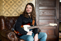 Book Brent Cobb for your next corporate event, function, or private party.