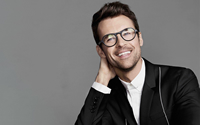 Book Brad Goreski for your next corporate event, function, or private party.