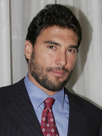 Book Eduardo Yanez for your next corporate event, function, or private party.