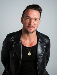 Book Carl Lentz for your next corporate event, function, or private party.