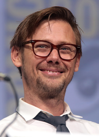 Book Jimmi Simpson for your next corporate event, function, or private party.