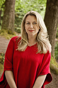 Book Cheryl Strayed for your next corporate event, function, or private party.