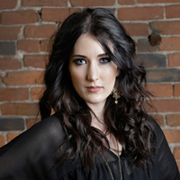 Book Aubrie Sellers for your next corporate event, function, or private party.
