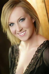 Book Lindsay Ammann for your next corporate event, function, or private party.
