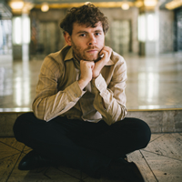 Book Gabriel Kahane for your next corporate event, function, or private party.