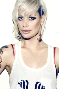 Book Gin Wigmore for your next corporate event, function, or private party.