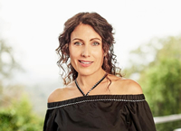 Book Lisa Edelstein for your next corporate event, function, or private party.