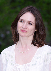 Book Emily Mortimer for your next corporate event, function, or private party.