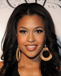Book Kali Hawk for your next corporate event, function, or private party.