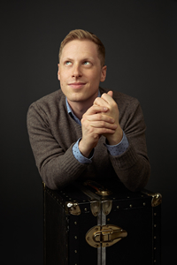 Book Ben Seidman for your next corporate event, function, or private party.