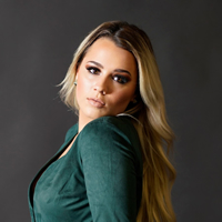 Book Gabby Barrett for your next corporate event, function, or private party.
