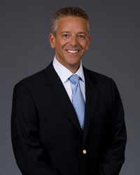 Book Thom Brennaman for your next corporate event, function, or private party.