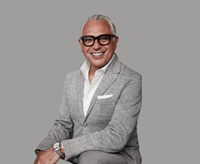 Book Joe Mimran for your next corporate event, function, or private party.