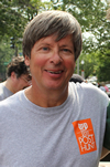 Book Dave Barry for your next event.