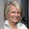 Book Candice Bergen for your next event.