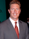 Book Dan Marino for your next event.
