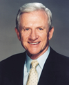 Book Frank Broyles for your next corporate event, function, or private party.