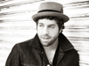 Book Elliott Yamin for your next event.