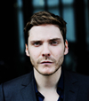 Book Daniel Bruhl for your next event.