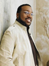 Book Marvin Sapp for your next event.